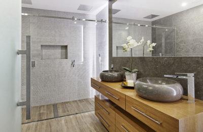 Wie soll man Badezimmermöbel für viele Jahre wählen?