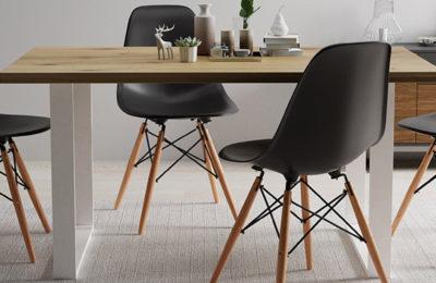 Tisch und Stühle – Möbel, die im jeden Haus notwendig sind.