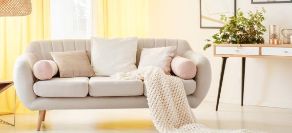 Wohnzimmermöbel im skandinavischen Stil