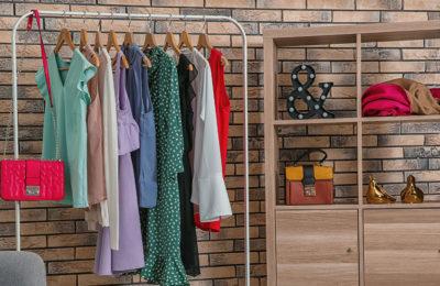 Was ist besser: Eine Garderobe oder ein Kleiderschrank für den Flur?